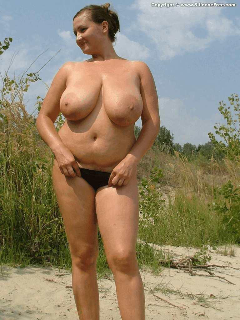 Нюша голая сиськи