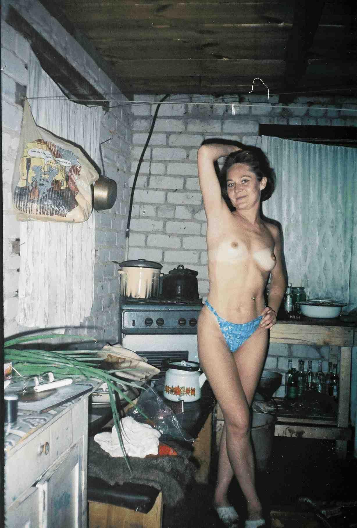 Любительские фото деревенских девушек 24 фотография
