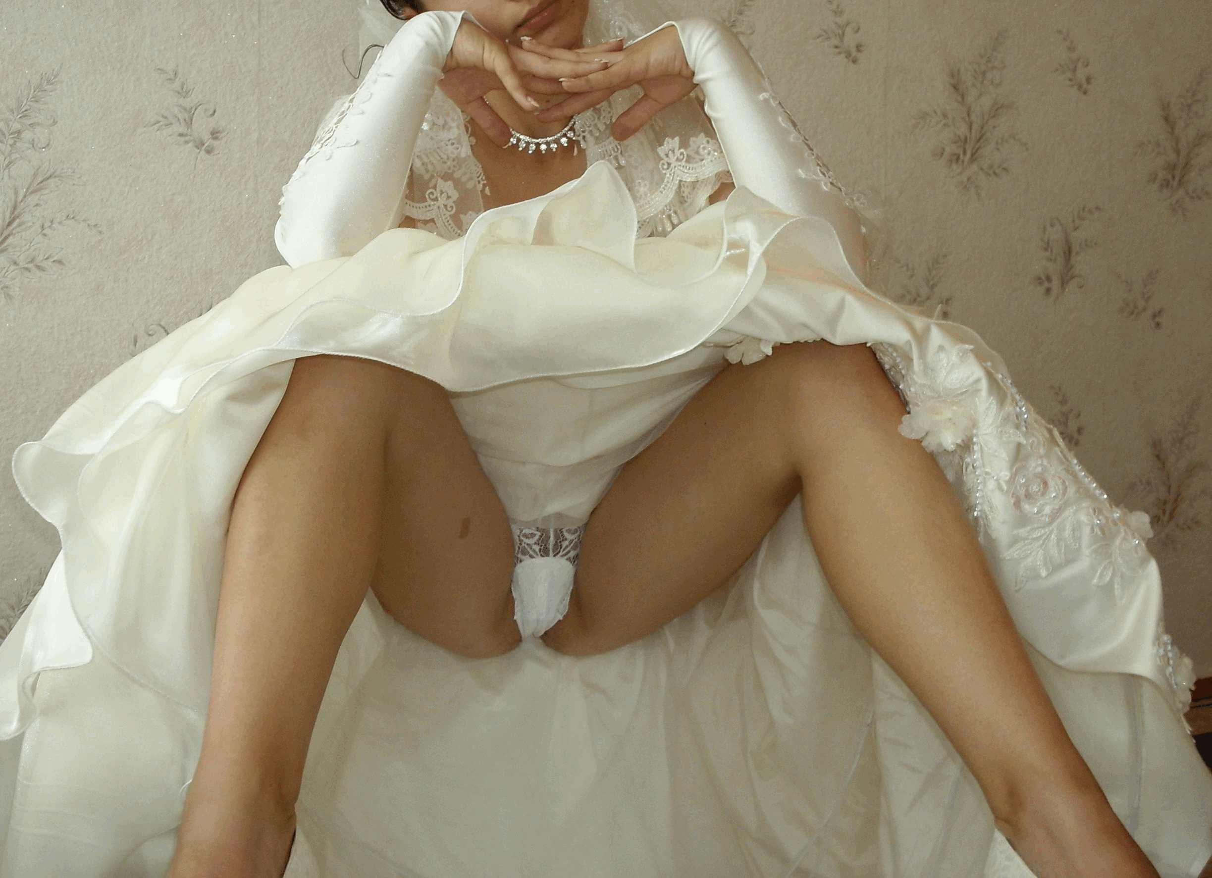 Фото в трусиках невест 6 фотография