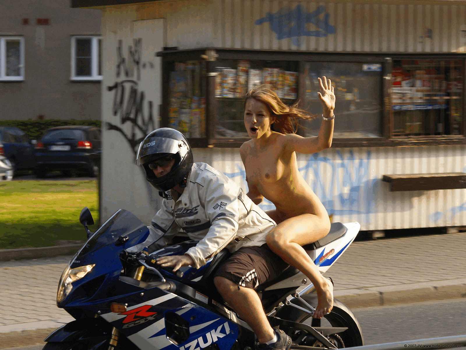 Настоящий немецкий секс на улице с полицейским фото 208-862