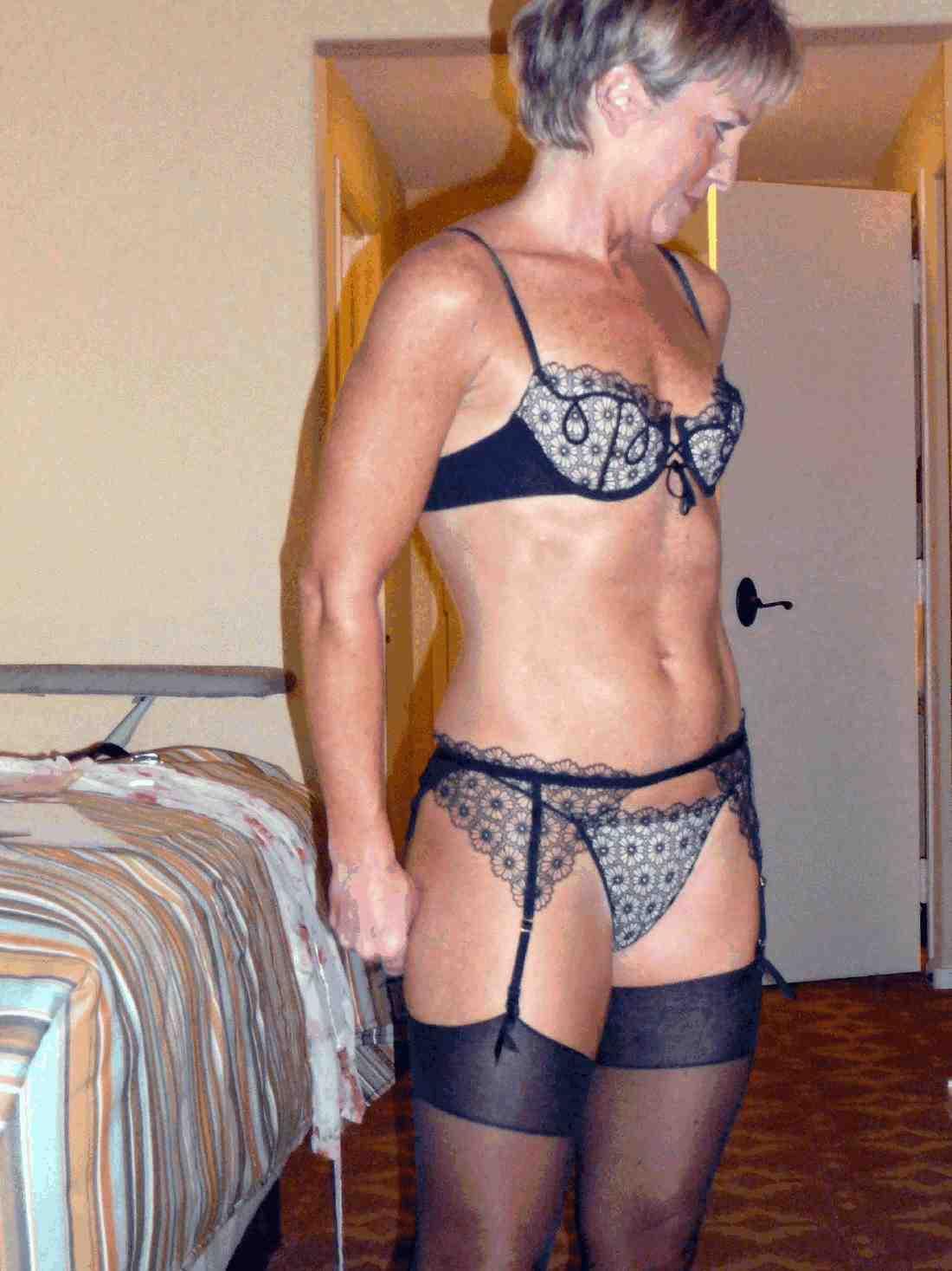 Зрелые женщины фото в белье 28 фотография