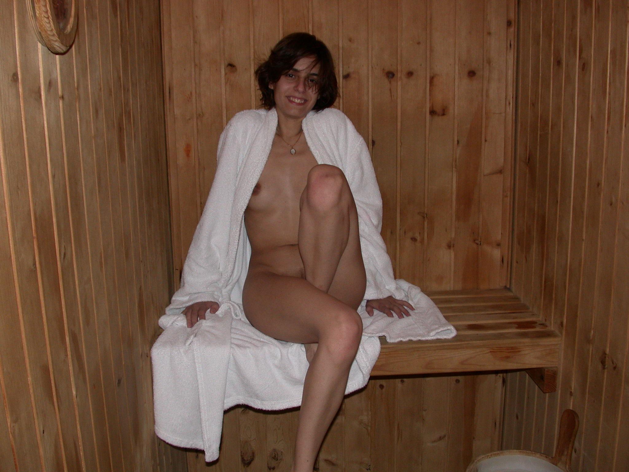 Сын парится в бане с мамой 3 фотография