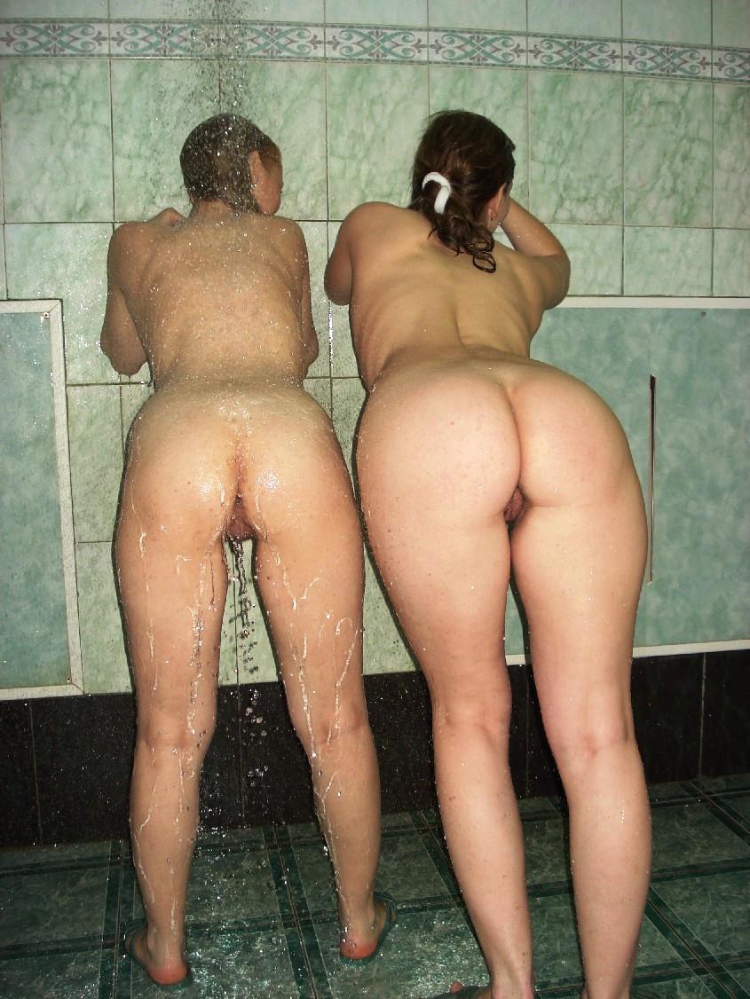 Толстые девушки моются в бане 6 фотография