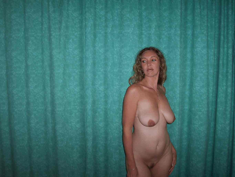 Пузатые пиздатые голые бабы очень восхитительны, в такие пузики ...