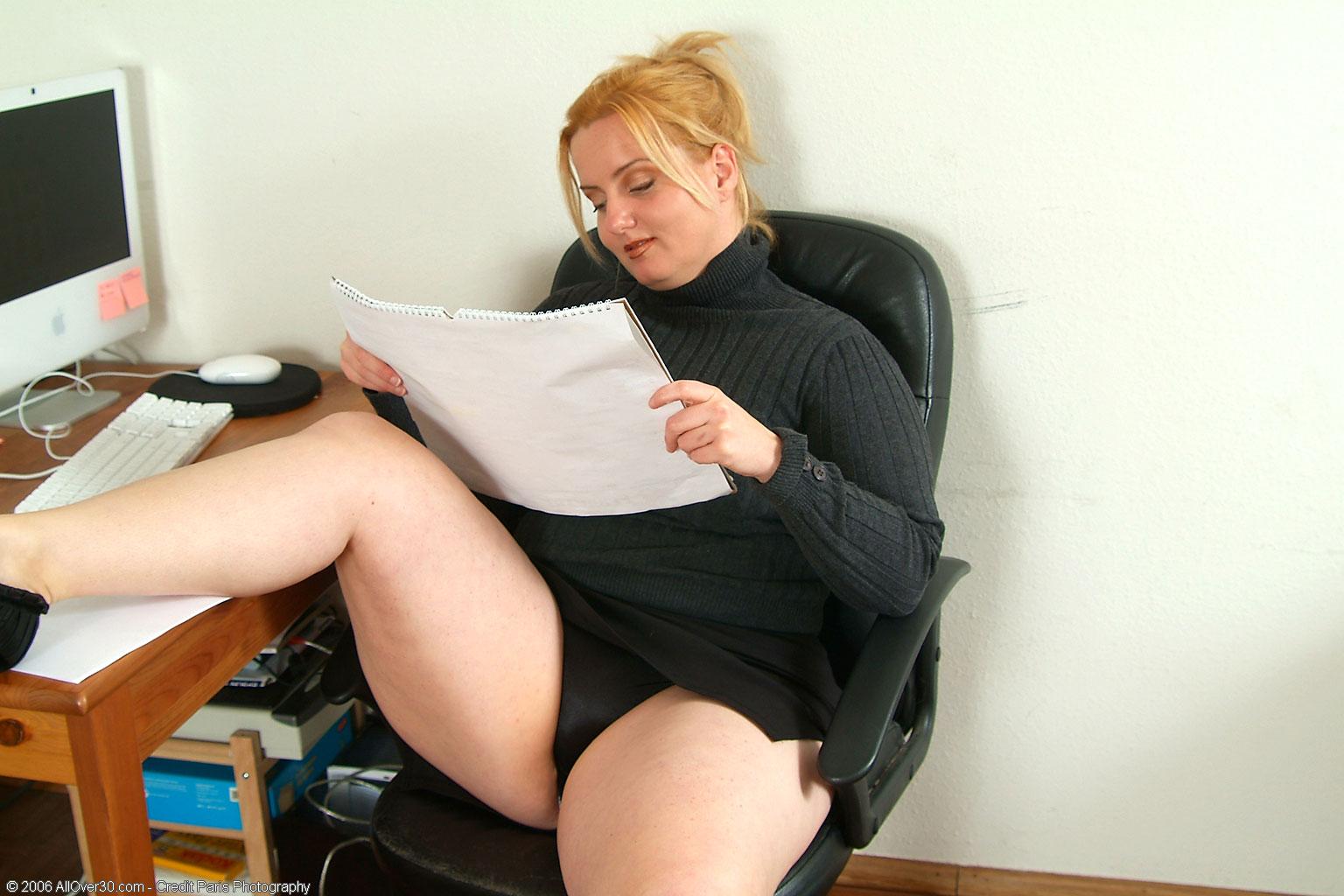 Пухлые секритарши порно 1 фотография