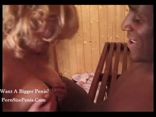 Горячая Блондинка Получает Потные.......