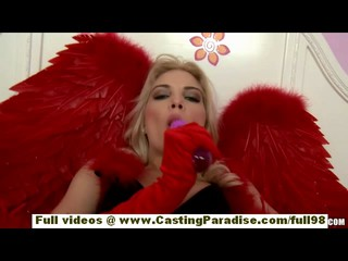 Франциска Facella Прекрасная Блондинка В Трико Телесного Цвета Играющая Киска Lolipop
