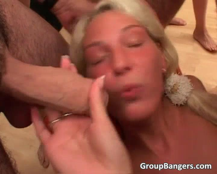 Сексуальная И Горячая Блондинка Любит Давать