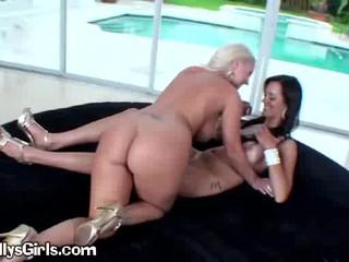 Сексуальная Блондинка Лесбиянка Любовь