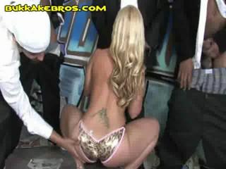 Чернокожие Ценю Блондинка Шлюха