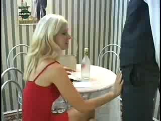 Французский Устный Минет С Очаровательны Красивая Блондинка Милая