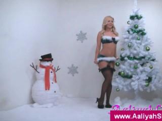 Aaliyah Любить Рождество