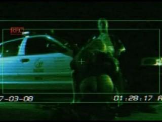 И Полиция Женщина И Мужчина На Автомобиле КДЖ Тайлер Веры