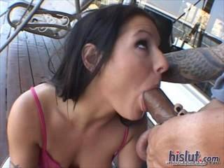 Ариана Использует Ее Уста Чтобы Порадовать Своего Мужчину