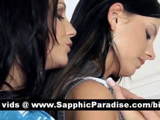 Горячая Brunette Лесбиянки Целуются И Имея Лесбийский Секс