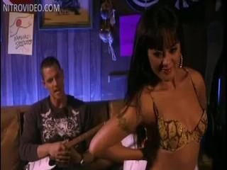 Порно Актриса Kaylani Леев