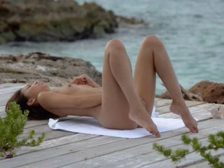 Экзотическая Красота Дразня На Пляже