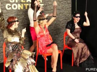 Четыре девки Получить WAM На Всплеск Конкурса