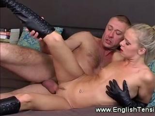 Сексуальная Госпожа Трахал Ее Длинные Сапоги