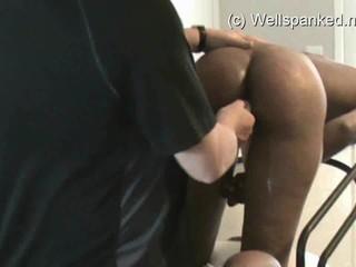 Spanking В Лесбиянок Горничной