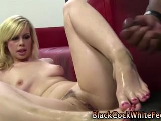Блондинка Footjob Seks