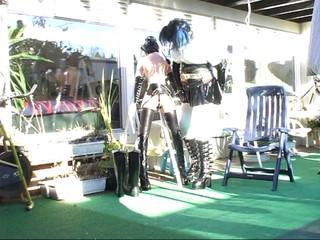 Roxina2007DomAndSubDollInGarden171007