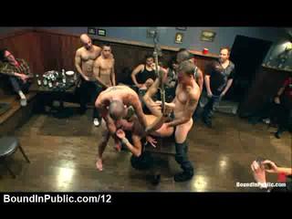 Связаны Gay Gangbanged На Столе В Общественной Бар