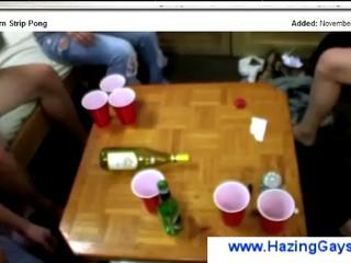 Юноши И Девушки Играющие Horny Игры