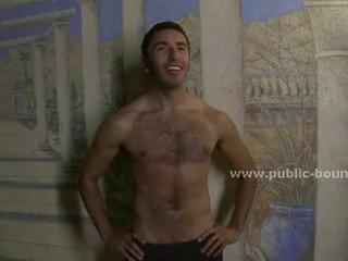 Brunette Gay Латинской Мальчик Принес Открытый Возле Бассейна Чтобы Удовлетворить Horny Банда Раба С
