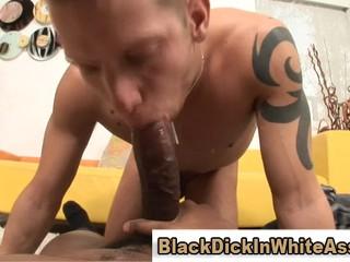 Огромный Черный Член Strethes Лесби Секс Любить Белый Рот
