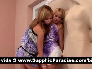 Удивительно Блондинки Лесбиянки Целуя И Облизывая Ниппели И Имеющие Лесбийской Любви