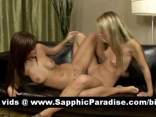 Сексуальная Блондинка И Brunette Лесбиянок Лизать Киски И Tribbing И Имеющие Лесбийский Секс