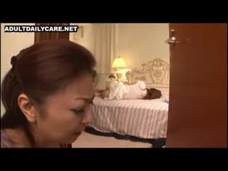 Азиатские Шаг Мама Хочет чтобы Ее падчерица
