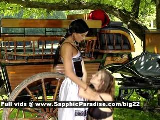 Эшли И Джульетта Из Сапфическом Эротика Лесбиянки Раздеваются Открытый