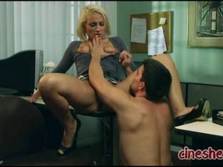 Блондинка Секретаря Секс И Коррупции 2