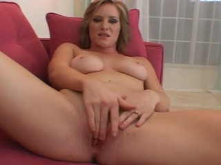 Gorgeous Blonde Babe Masterbation