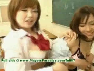 НАО Ayukawa И Рио-Hanasaki Озорной Азиатских Школьниц Ебут После Школы