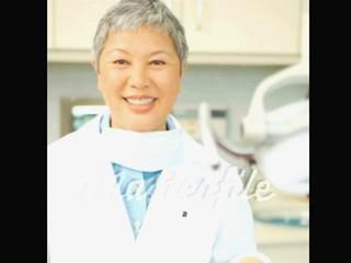 Стоматолог ДАТЬ ДУЭЙН HANDJOB