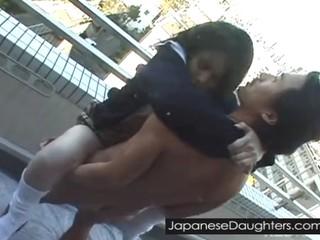 Японский Дочь Принимает Большой Член В Попке