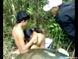 - Азиатских Подростков Шлюшка Трах На Природе