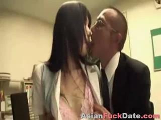 Японский Бизнесмен И Секретарь