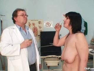 Большие Сиськи Бухать Менструации Зора Мохнатые Киски Инспекции