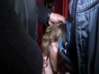 Бригитта Ударил В Sexshop Несколько Мужчин