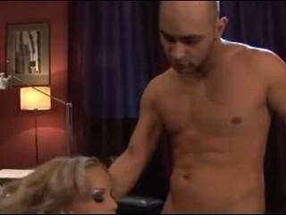 Nsaty Зрелой Блондинки В Порно В Офисе