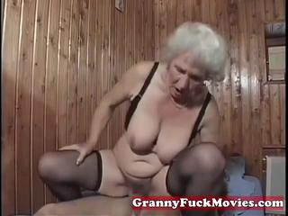 В Horny Матушка Fuckbitch