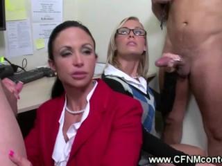 CFNM Офис Дамы Queening сотрудников