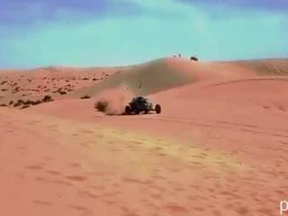Горячие Голые Товарищей Делает Песок Dune Buggy Racing