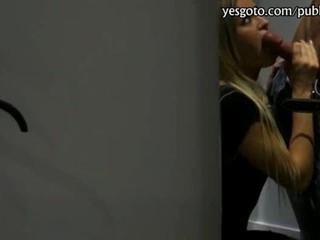 Очень Раздраженная Блондинка Любительской Отстой И Трахал На Mall