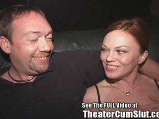 Kayce Ставит На Порно Театра Публичный Секс Шоу В Тампе