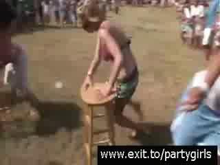 Народная Партия С Развратными Пьяными Подростками